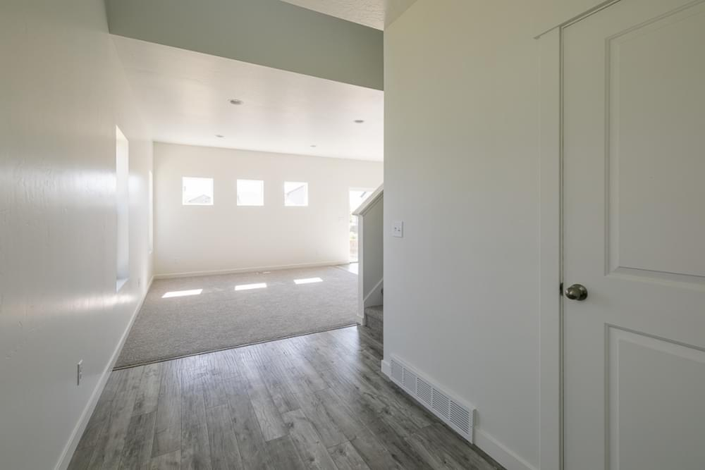 3br New Home in Eagle Mountain, UT