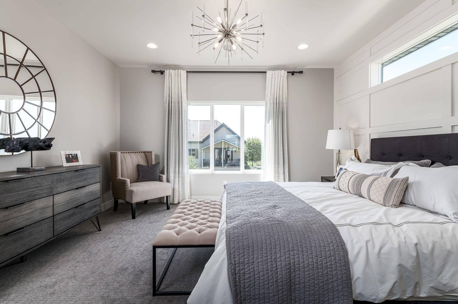 New Home Owner's Suite Photos of Fieldstone Homes