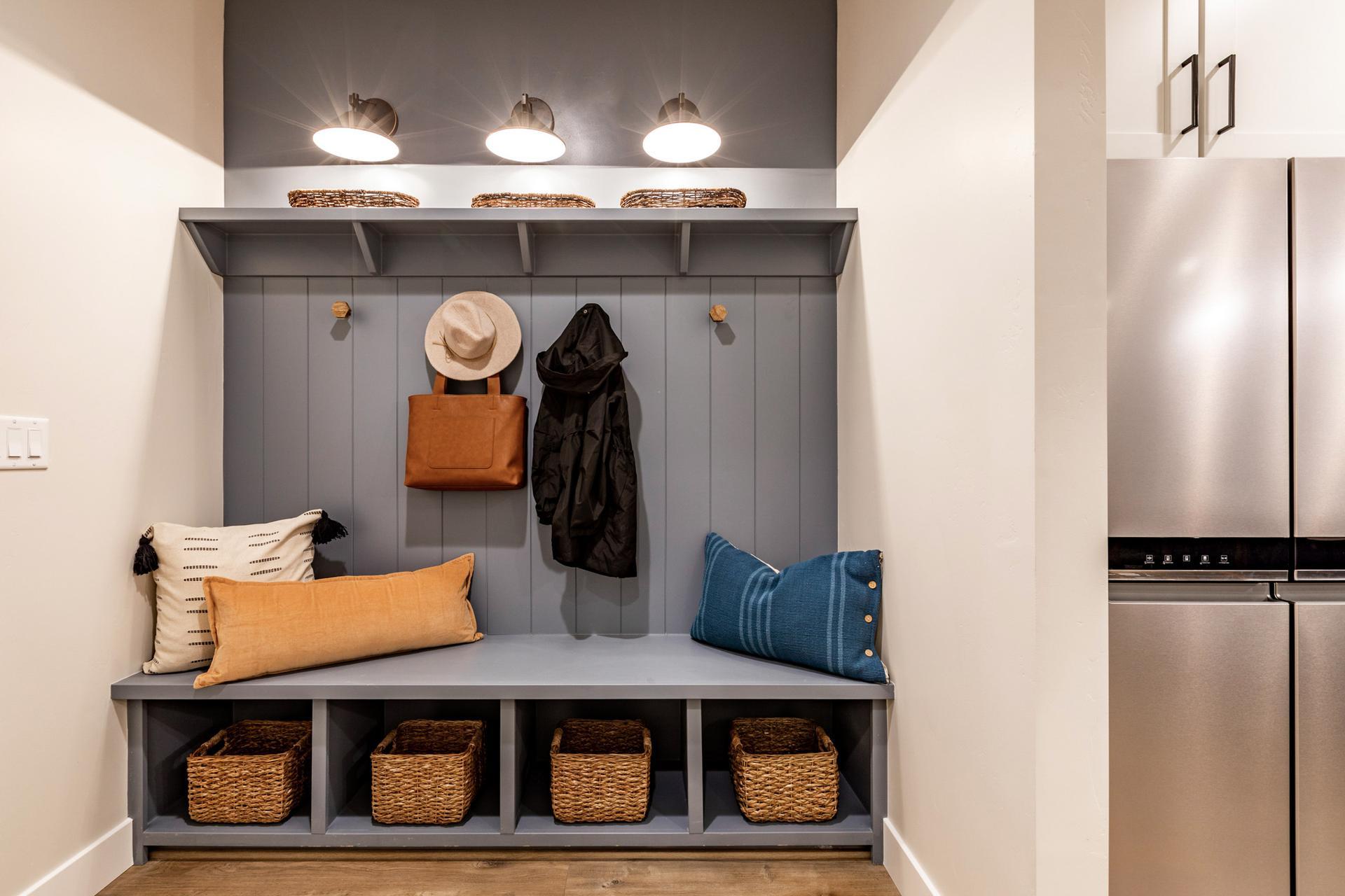 New Home Lighting Photos of Fieldstone Homes